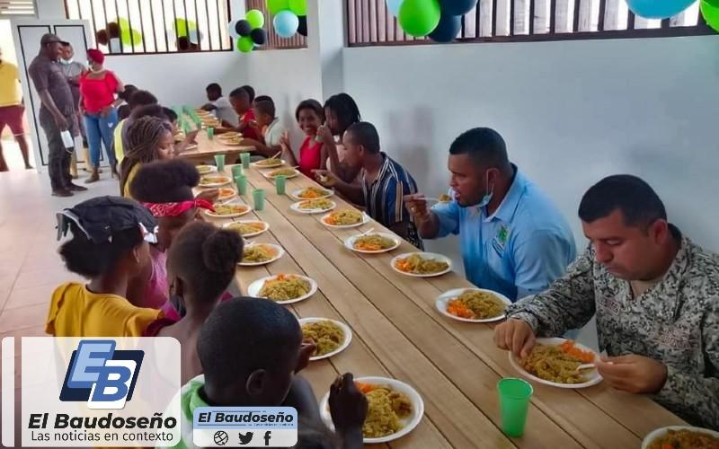 Administración municipal del Bajo Baudó, inaugura Comedor Escolar de la I.E. Hernando Palacios Asprilla en el corregimiento de Belén de Docampadó. - Noticias de Colombia